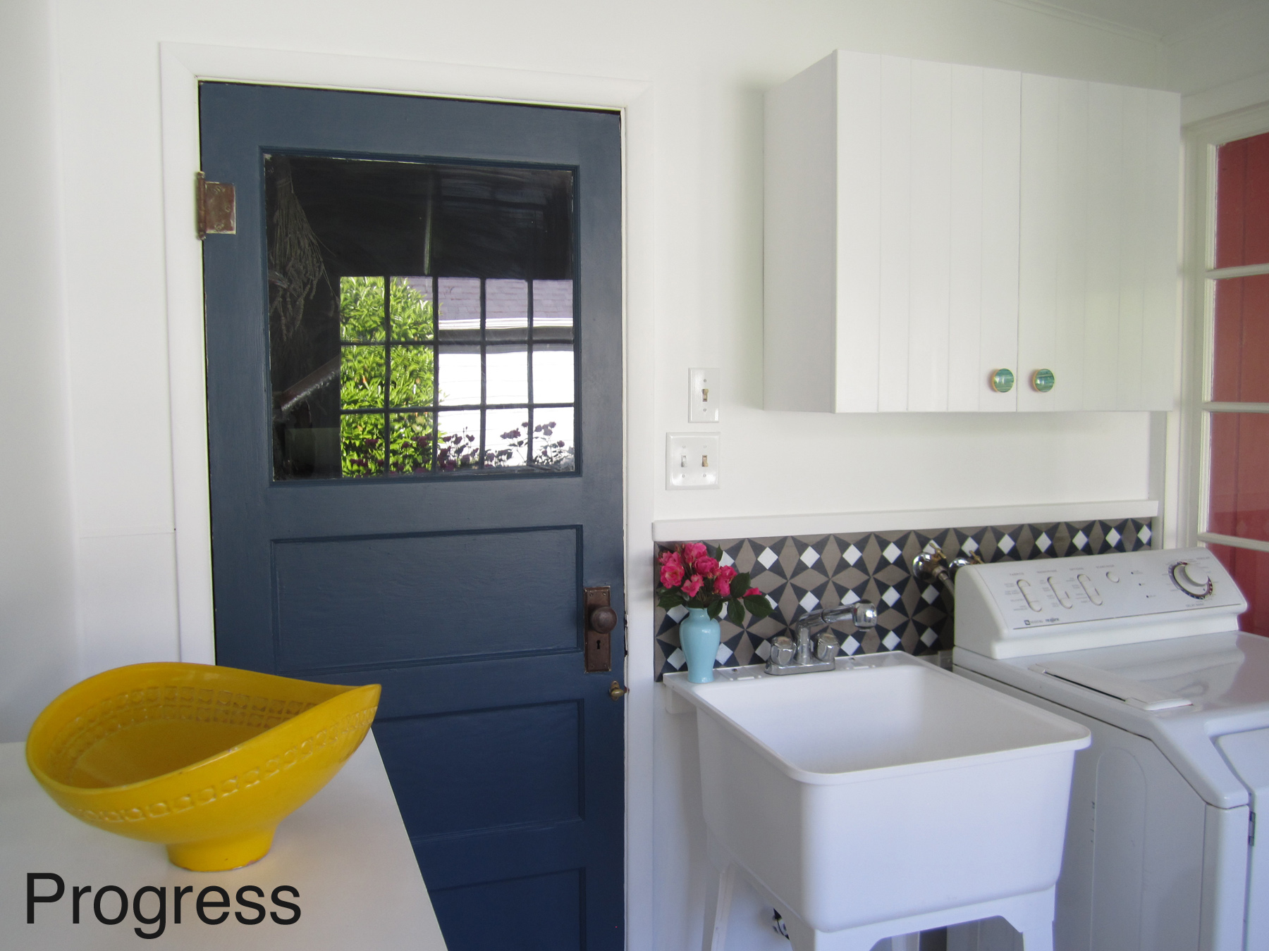Laundry Room Progress With DIY Concrete Backsplash