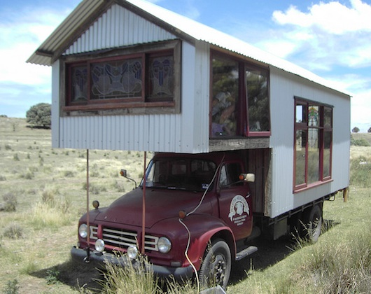 rob-scotts-tiny-truck-houses-15