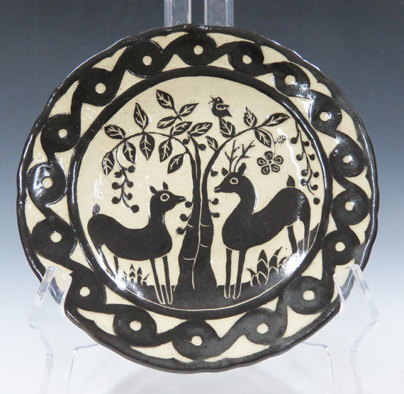 clay bungalow plate