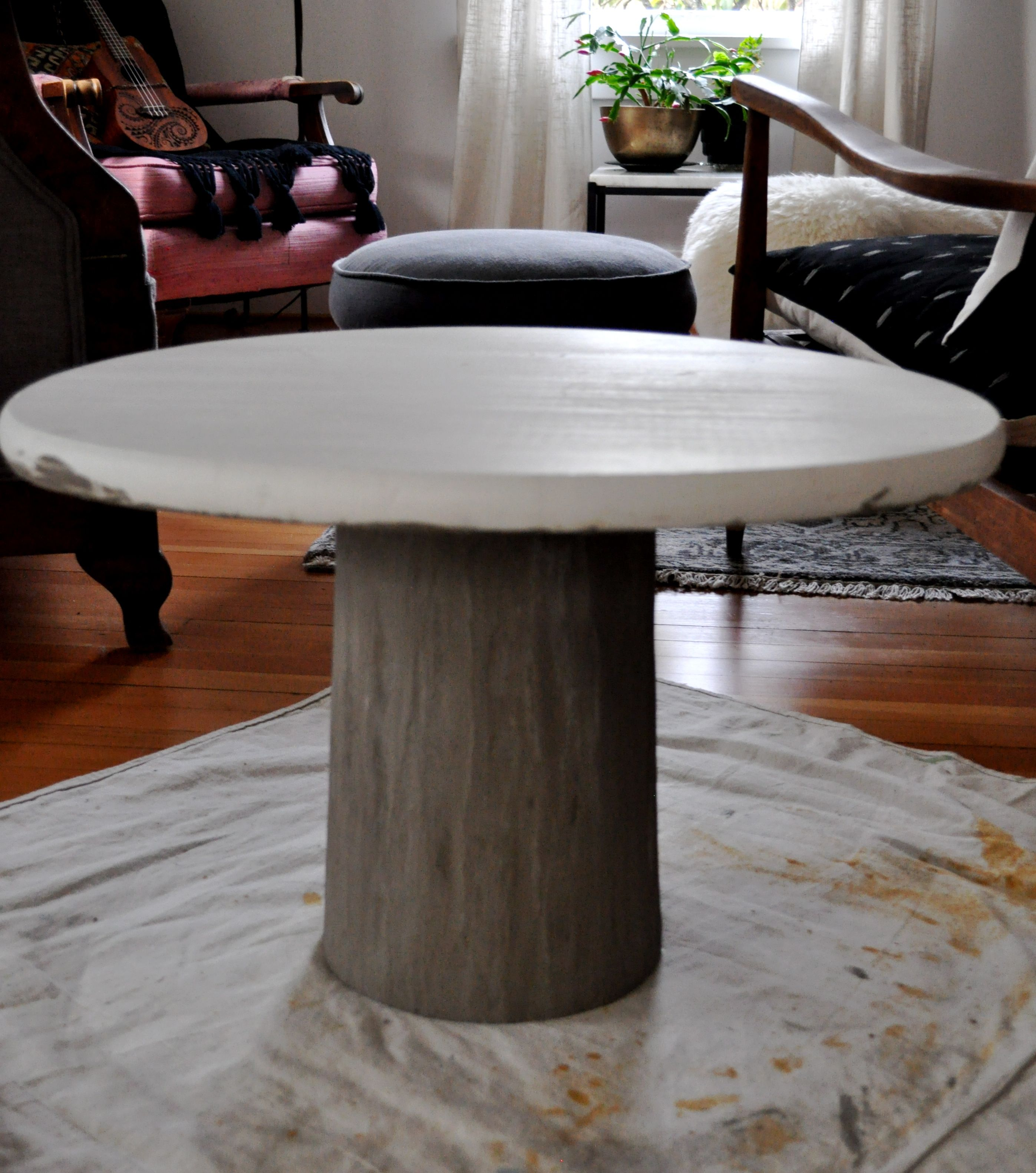 DIY Concrete Pedestal Table – Red House West