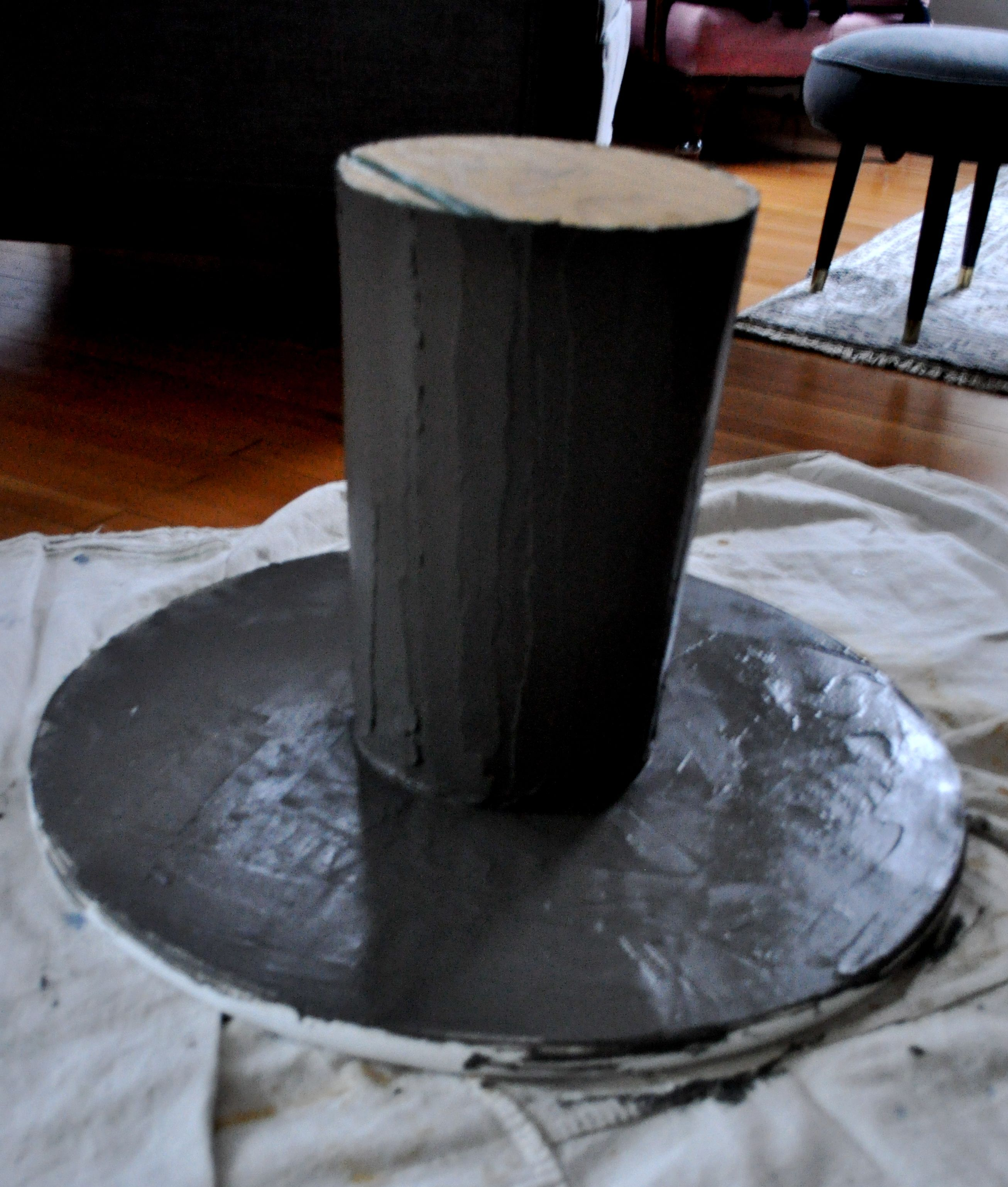 Attractive Red House West//DIY Concrete Pedestal Table
