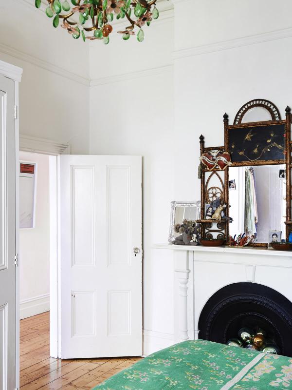 SarahMurphy-bedroom-600x800