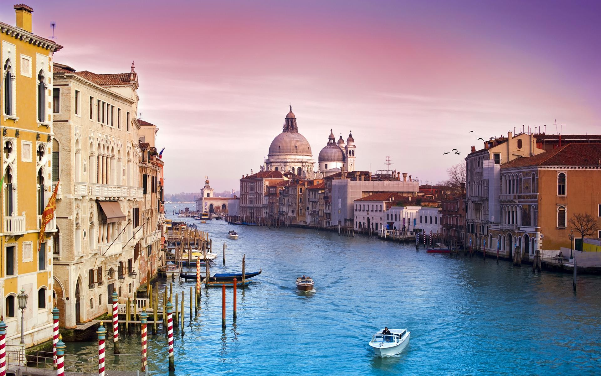 Venice-(Italy)