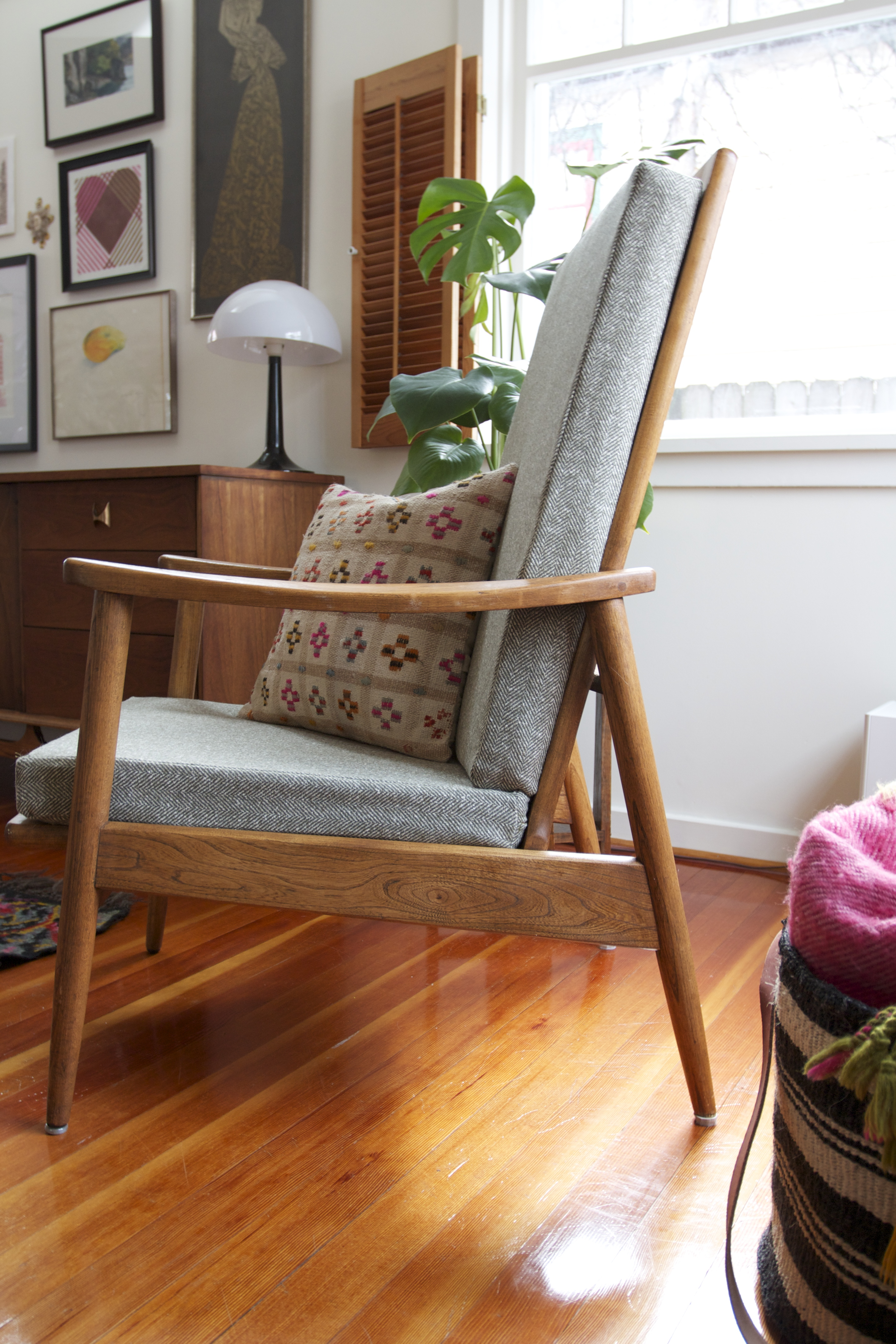 Red House West || Mid-Century Chair Make-Under