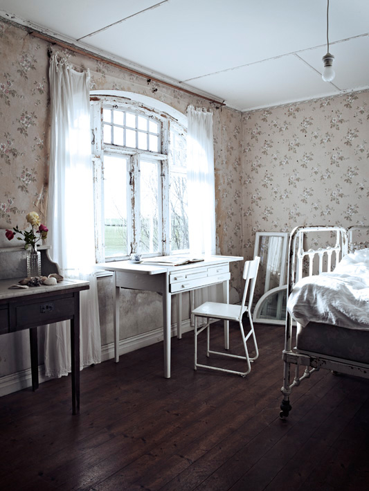 Red House West    Jonas Ingerstedt